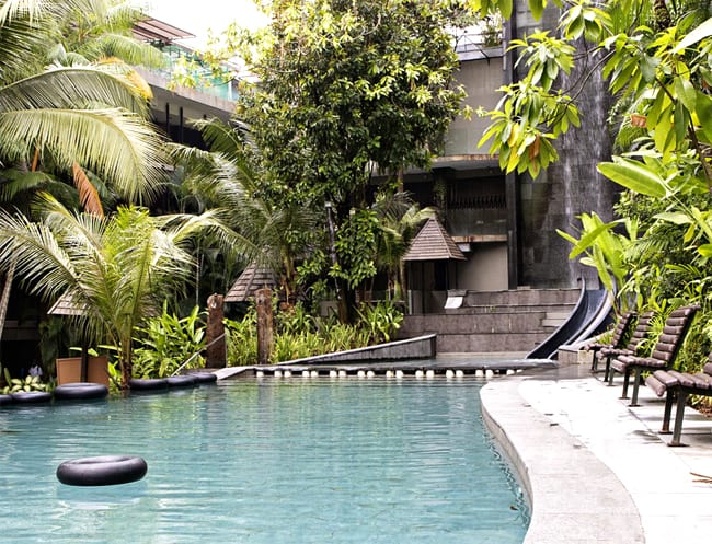 The spectacular pool at Siloso Beach Resort