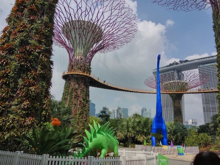 School holidays in singapore dye nosaur gardens children s festival at gardens by the bay - Garden by the bay festival ...