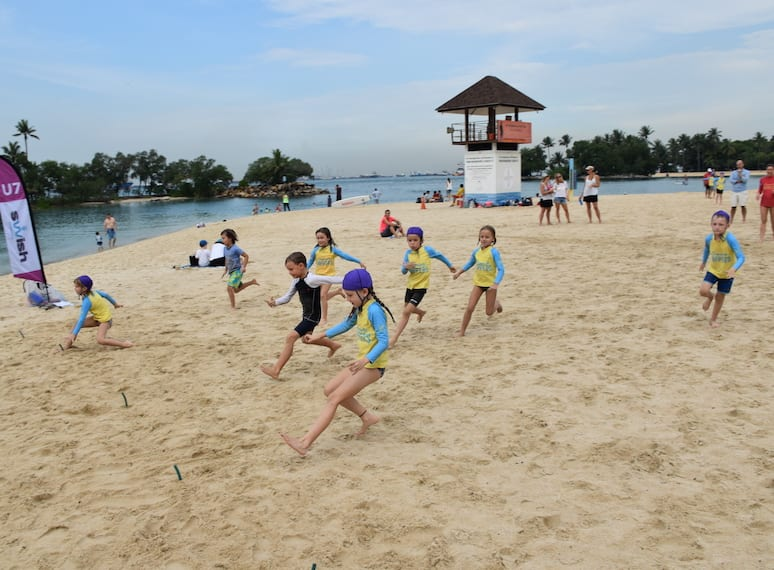 Singapore Nippers surf life saving for kids