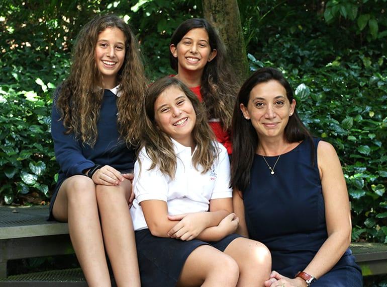 SAS Georgina Bach parent review Singapore American School HoneyKids Asia School Selector