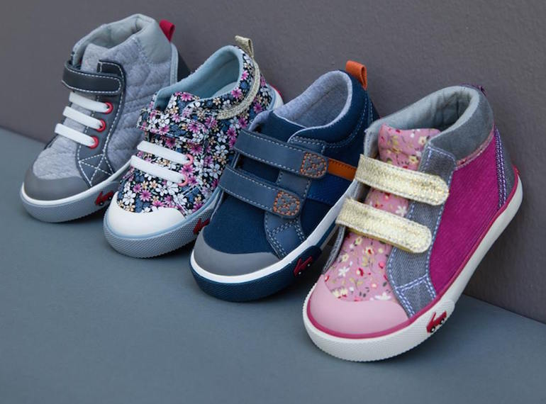 Stride Rite delivers quality, style, and fun choices for boys and girls shoes. We've developed the best footwear for babies, toddlers, preschoolers and kids. Stride Rite carries the best sneakers, uniform shoes, sandals, baby shoes, dress shoes, water shoes, boots, and more for all of .