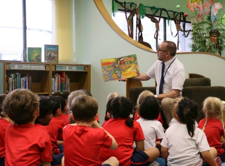 Honeykids Asia Tanglin-Trust-School-reading 2