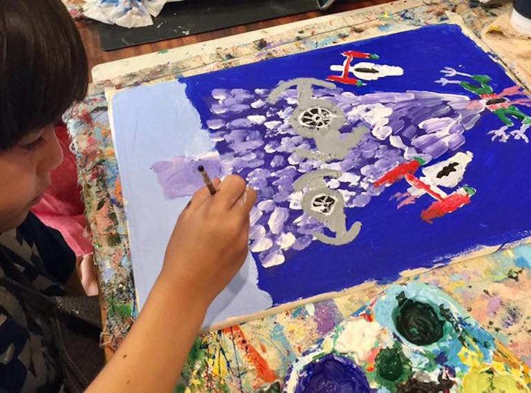 Art lessons, classes and courses for toddlers, kids and teens in Singapore