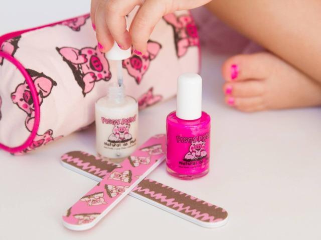 Dainty digits | Pretty and Safe Nail Polish for Girls | HoneyKids