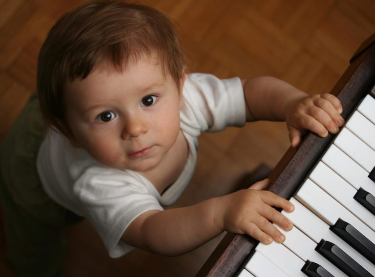 Music classes for babies in Singapore