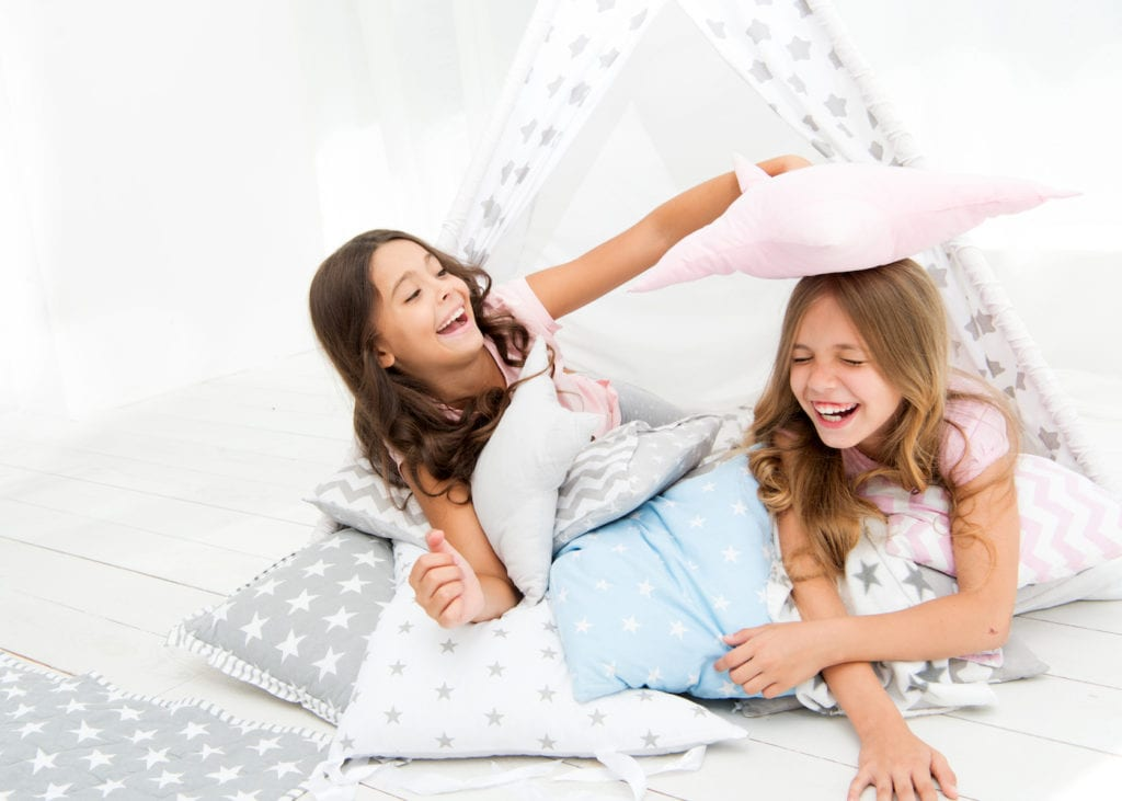 How to host a super slumber party: a beginner's guide to sleepovers