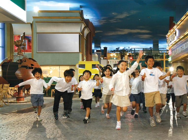 KidZania Singapore opens! The HoneyKids review: what you need to know before you go