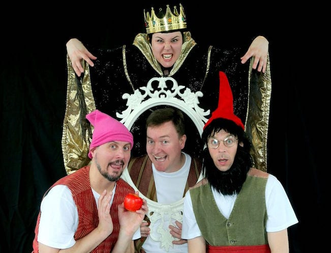 Theatre for kids in Singapore: HoneyKids reviews Snow White at Act3i International Festival for Children