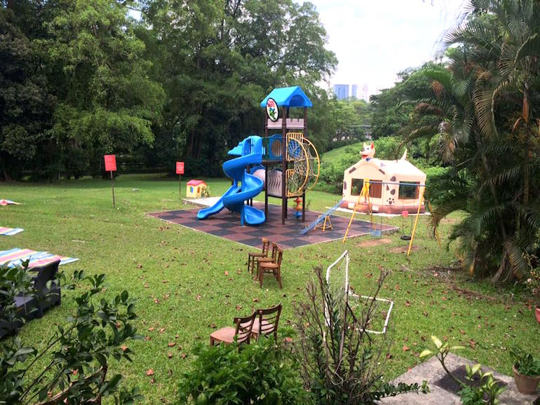 Party time! Unleash the kids on the twisty slide and bouncy castle at Tree Lizard!