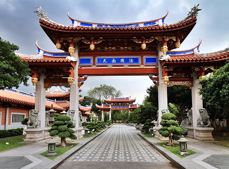 lian-shan-shuang-lin-monastery temples in Singapore Honeykids Asia