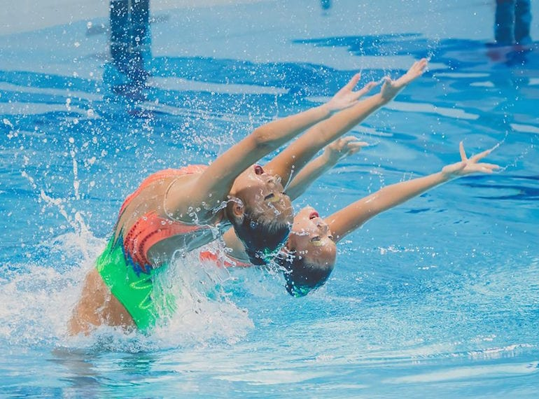 Synchronised swimming lessons: water and aquatic sports for girls in Singapore
