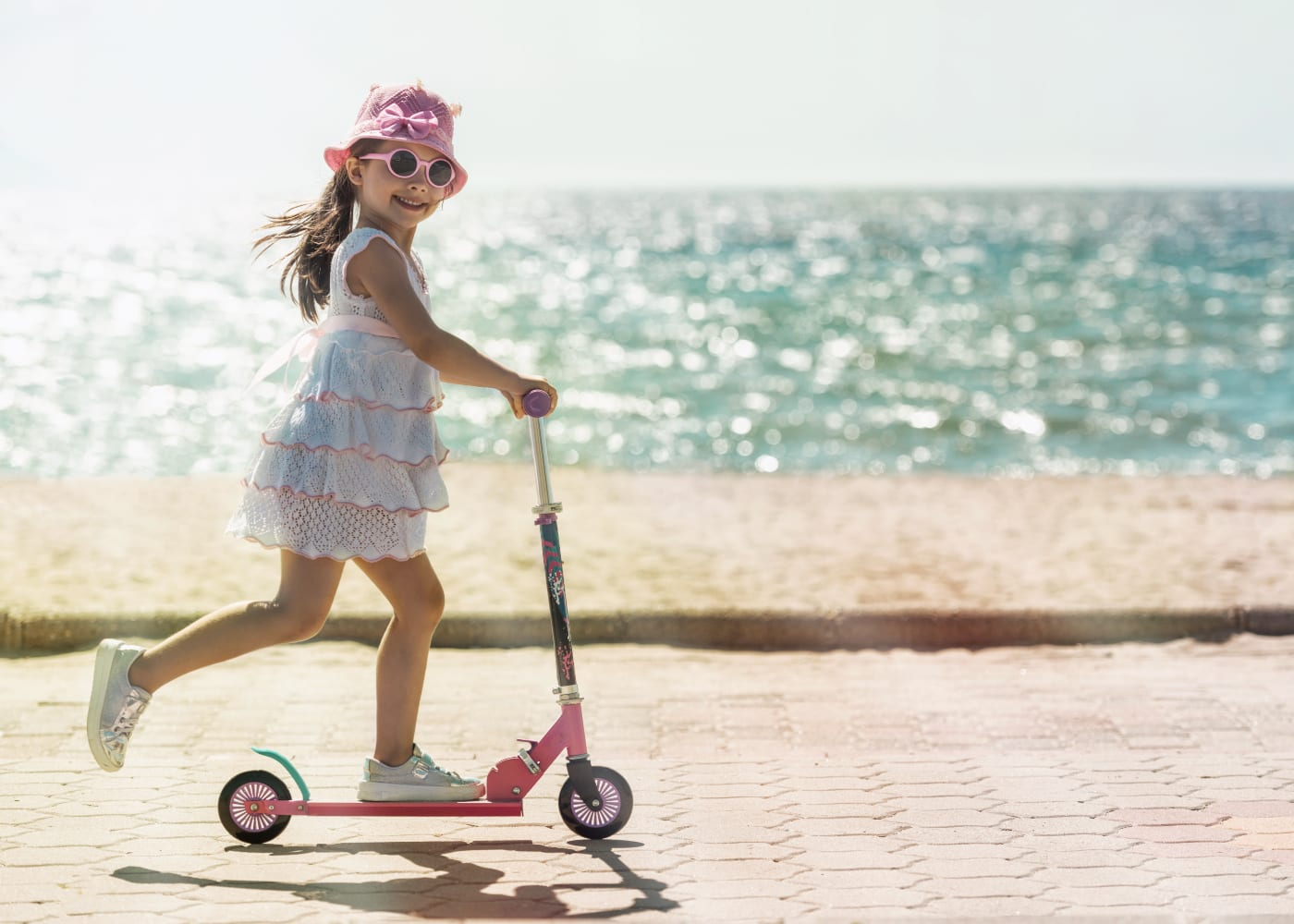 Where to go scooting with kids in Singapore: best places for free outdoor fun with the family!