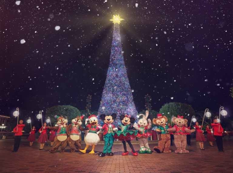 Best family holidays: guide to Hong Kong Disneyland attractions