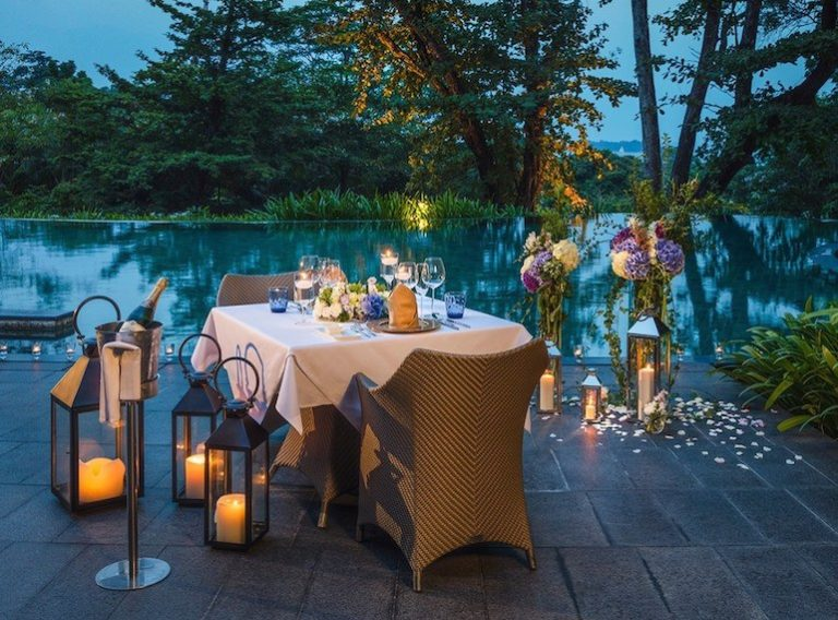 Romantic restaurants and dinners for Valentine's Day in Singapore