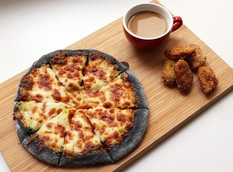 Durian-pizza-food-trend-Honeykids Asia Singapore