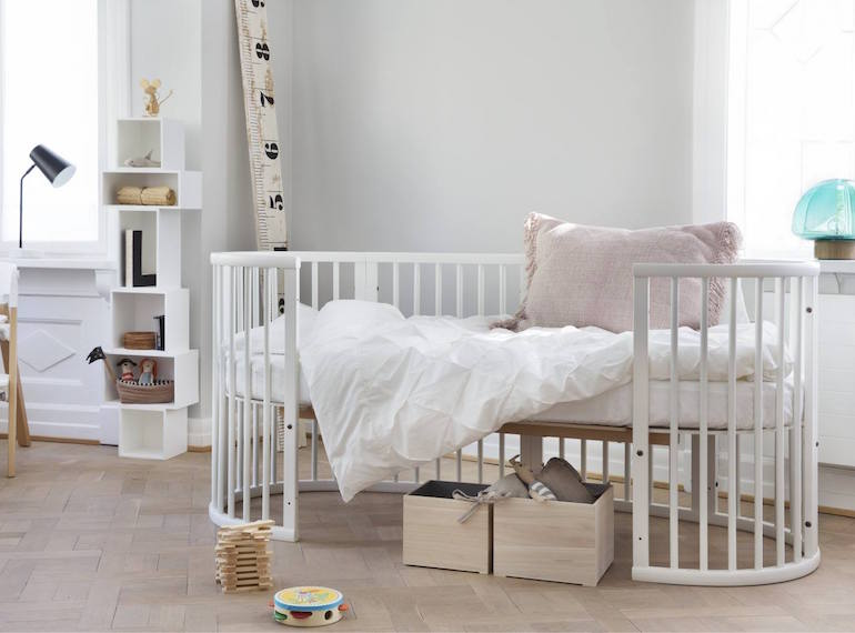 Furniture-that-grows-with-your-kids-Stokke-sleepi