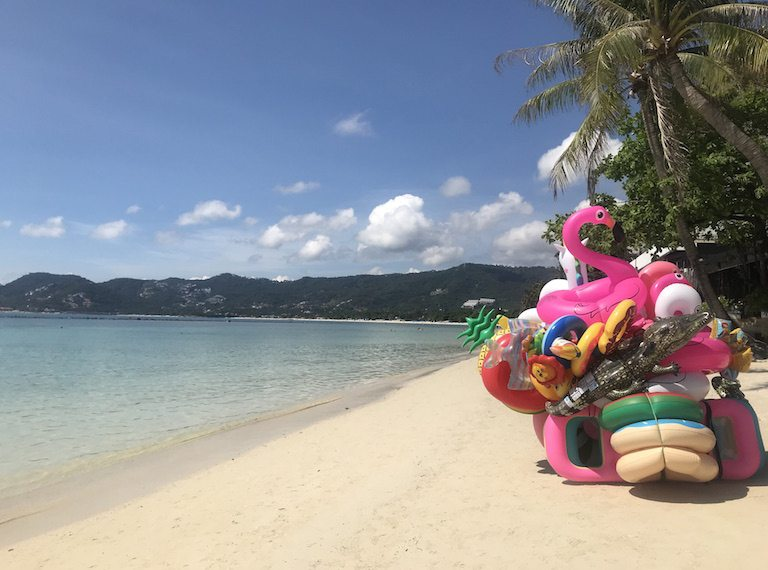 Koh-Samui-with-kids-INFLATABLE