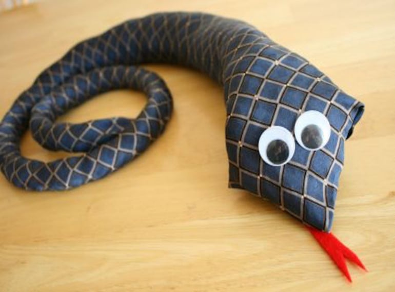 Fathers-Day-Craft-SNAKE-1