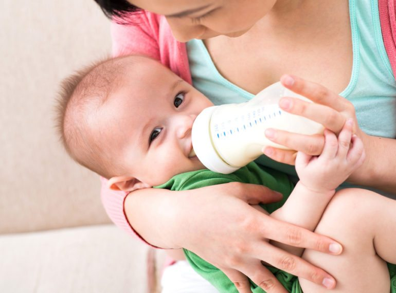 Breast pumps in Singapore hero