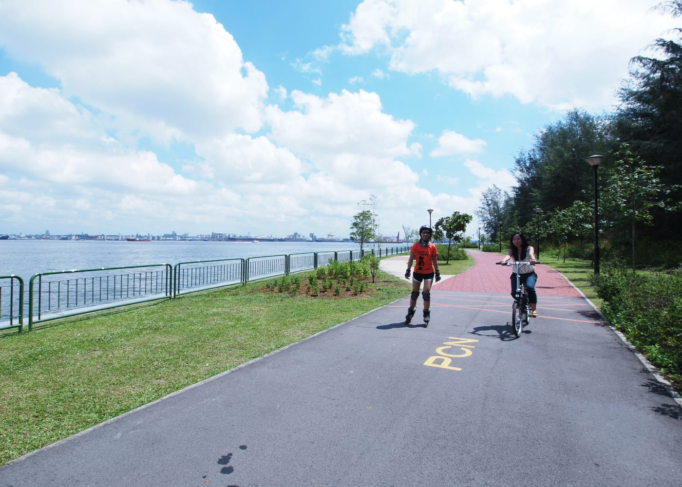 punggol water way park | best places for family bike rides