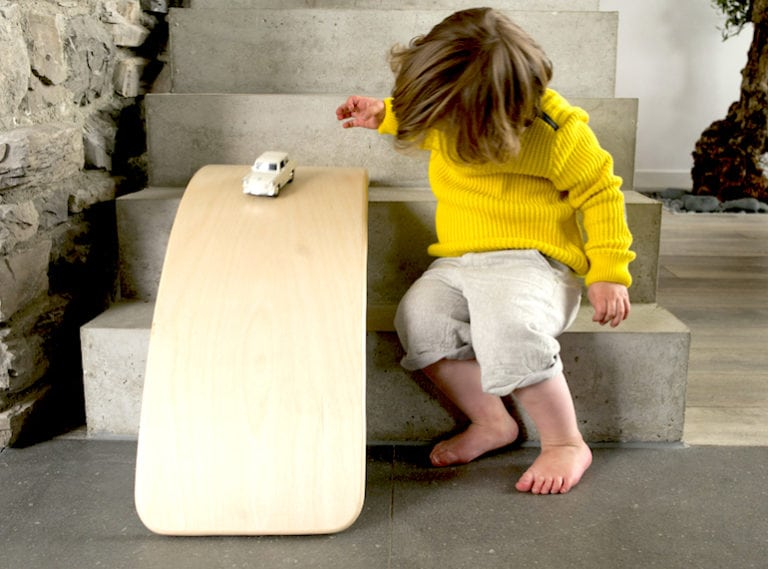 Toys for preschool kids: Playtime made easy with these eight essential picks!