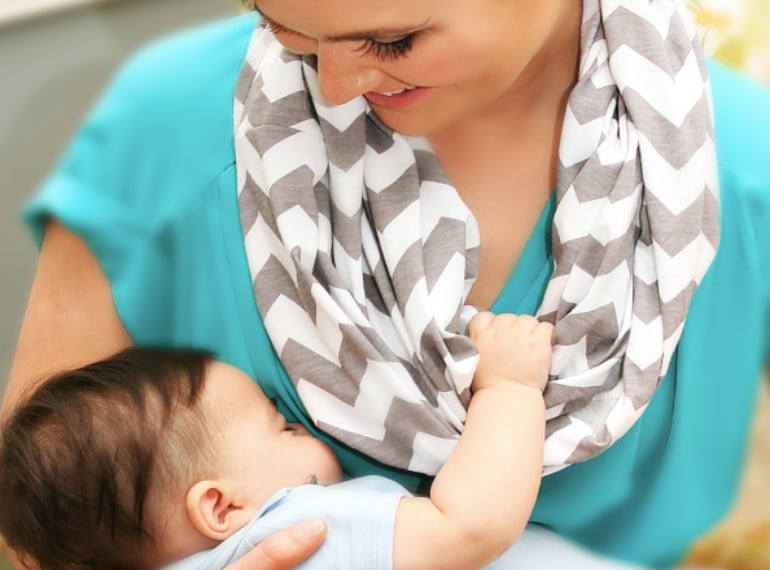 Best nursing covers, ponchos and breastfeeding aprons in Singapore