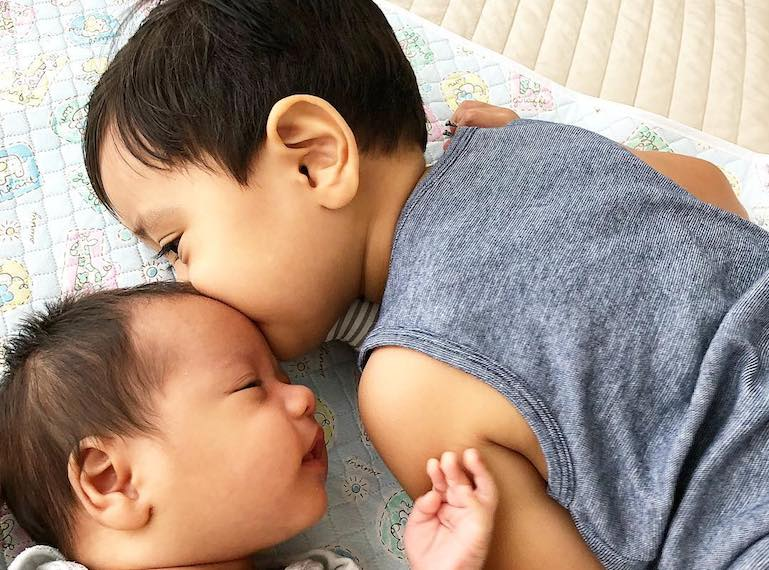 Real life stories: raising two children under the age of two years