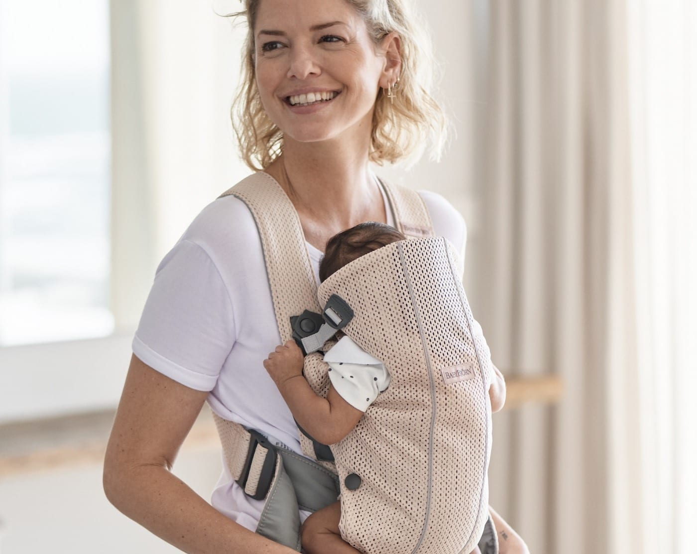 BABYBJÖRN – Baby Carrier One Air | Best ergonomic baby carriers for Singapore