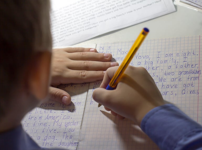 Where to find international pen pals for kids in Singapore