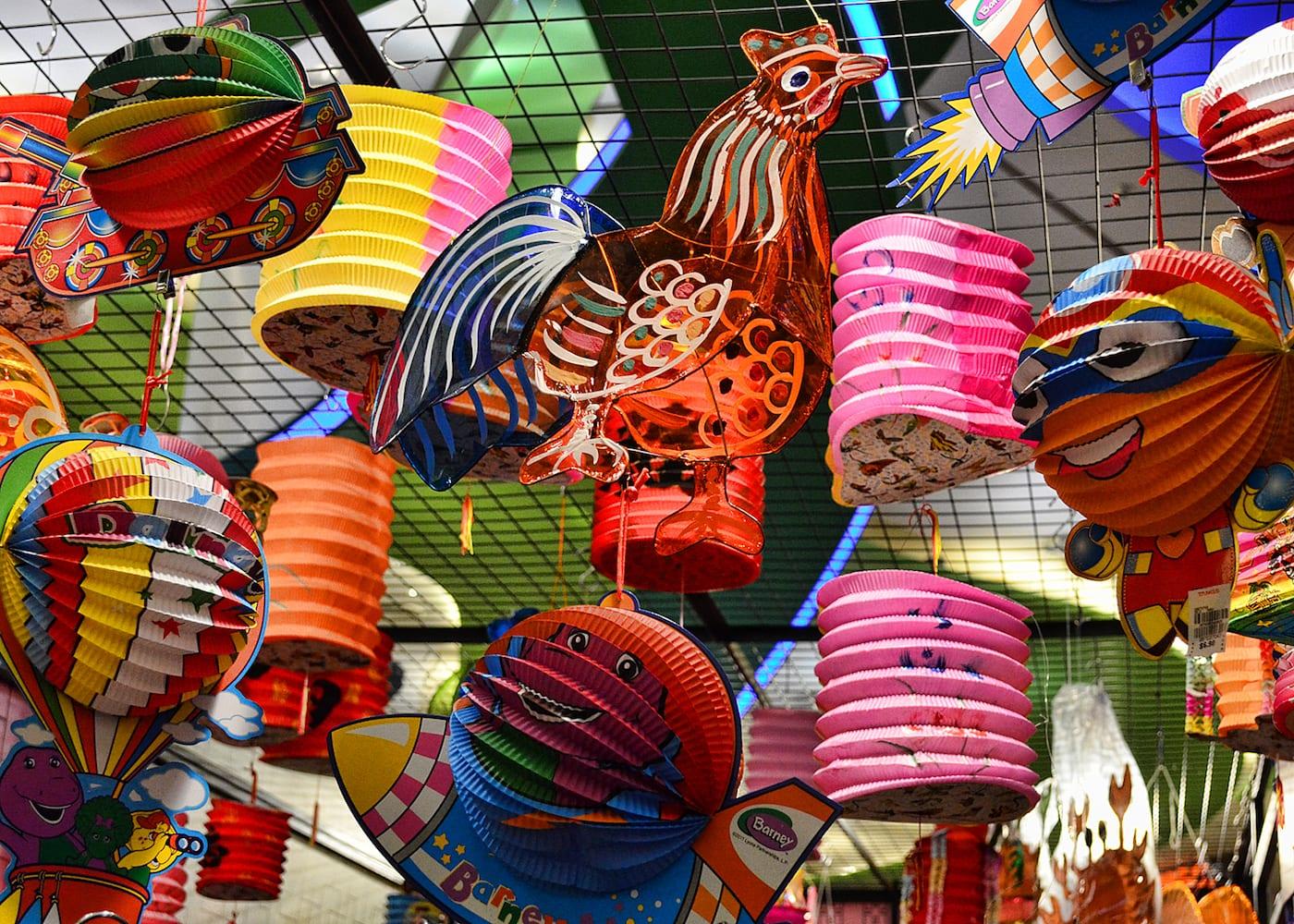 Mid-Autumn Festival in Singapore: Lanterns and mooncakes galore