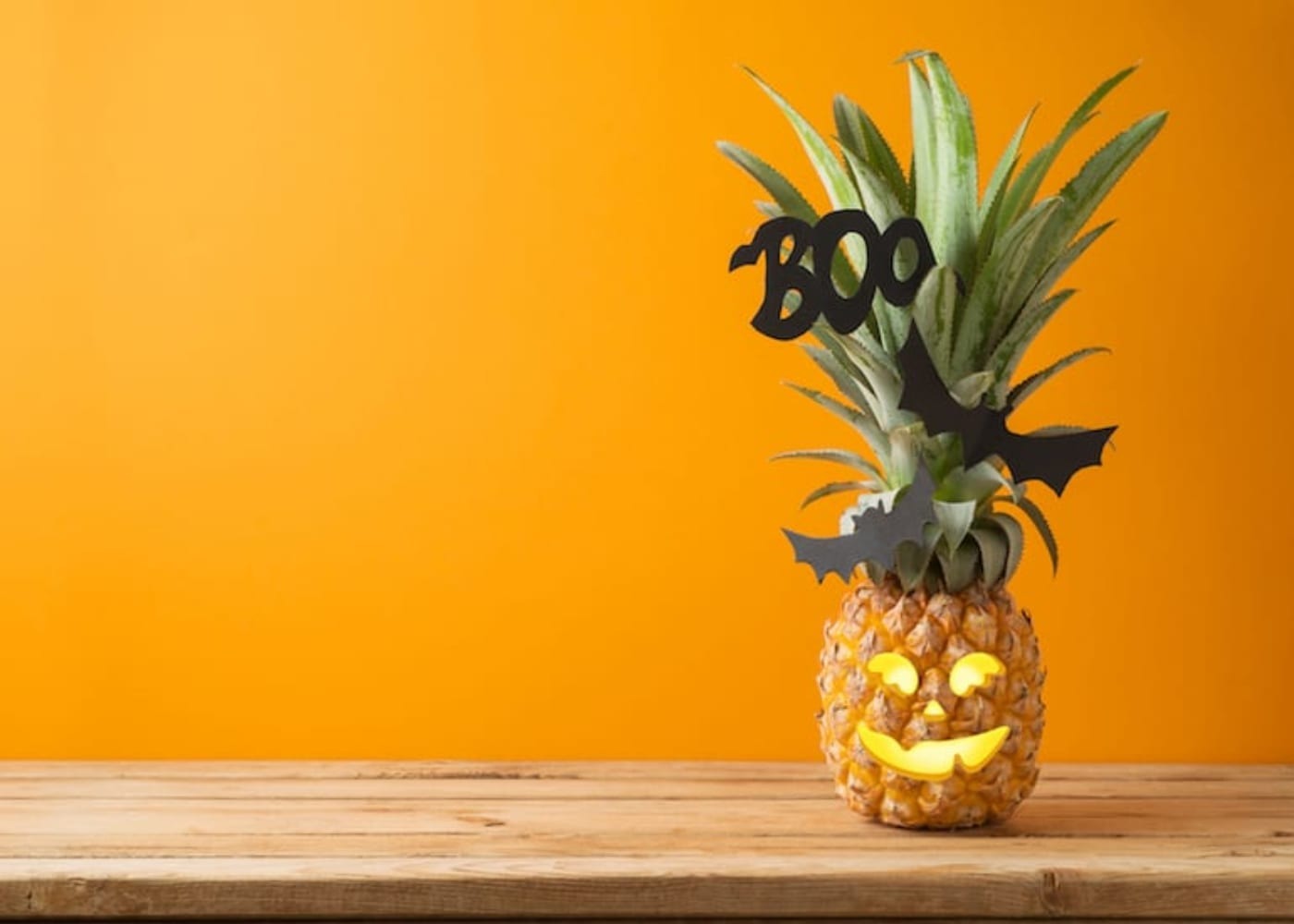 halloween pineapple jack o lantern