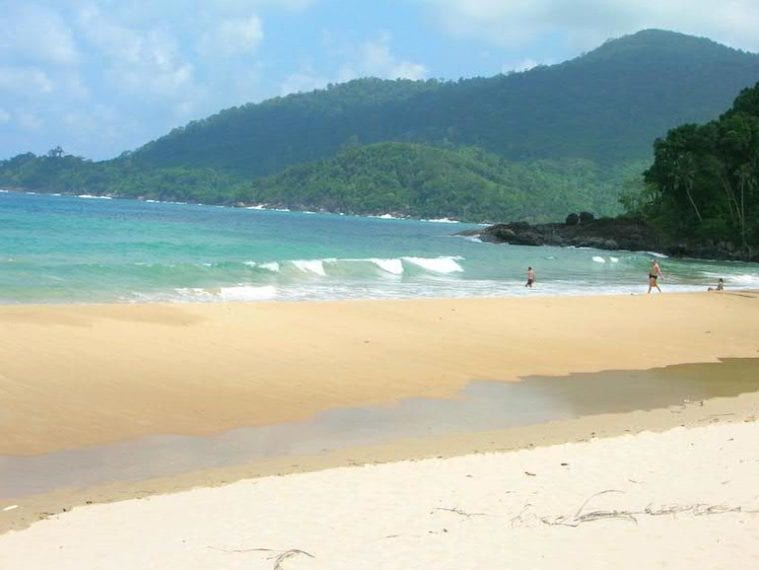 best-beaches-for-families-in-Asia-TIOMAN