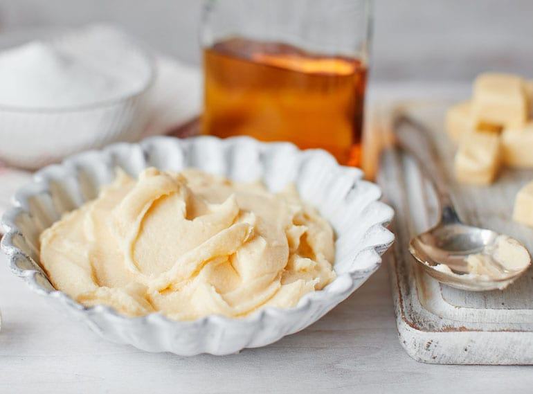 Christmas-dessert-recipes-brandy-butter