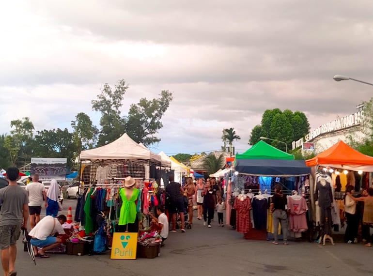 market thanyapura phuket
