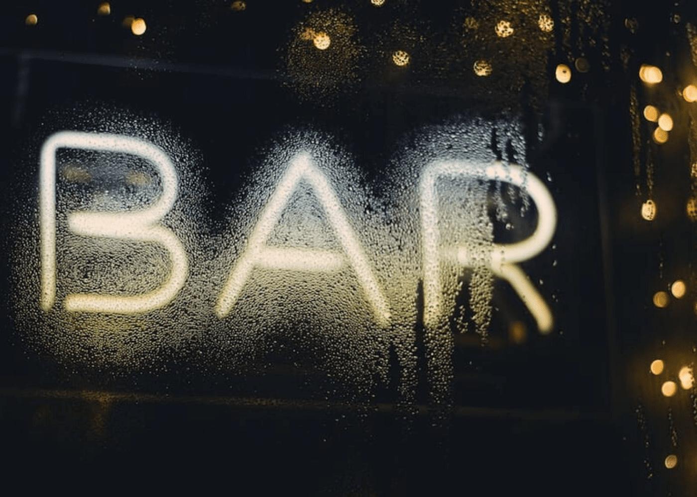 James Sutton bar unsplash mums night out