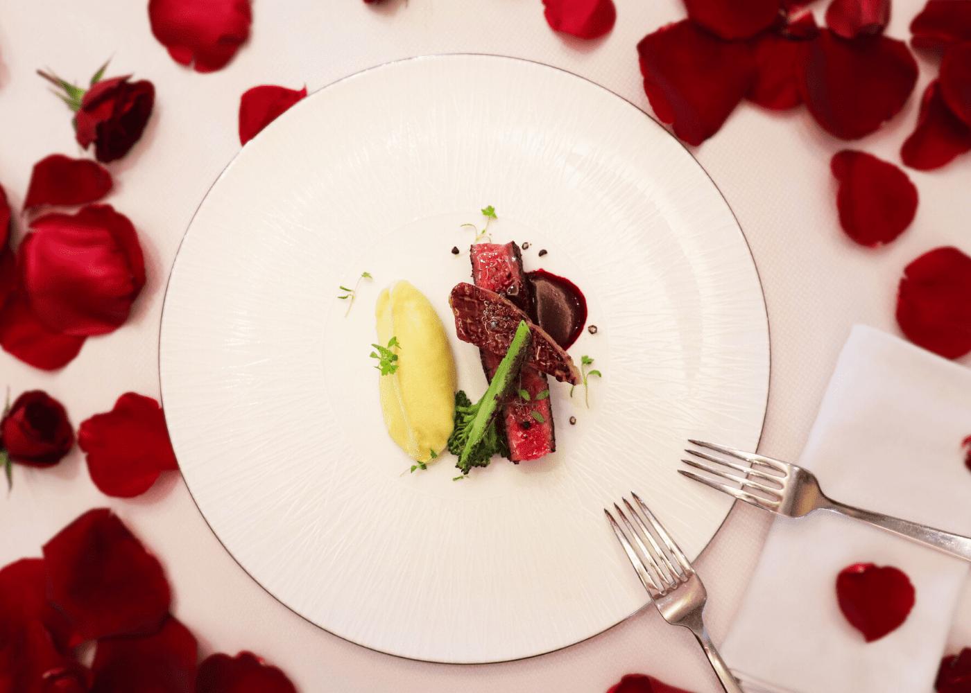 the knolls capella romantic restaurants dinner valentines day 2020