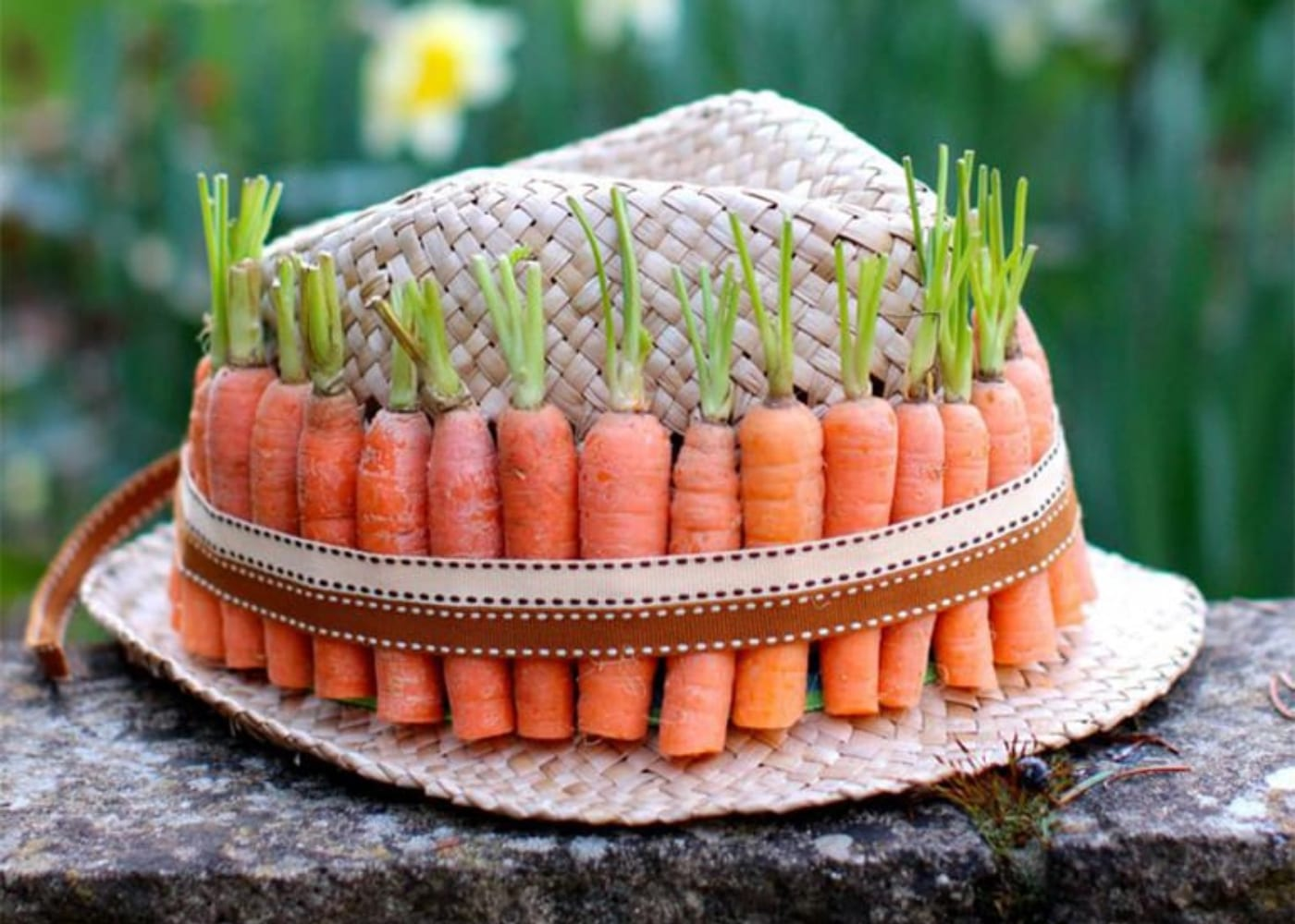 easter hat carrots