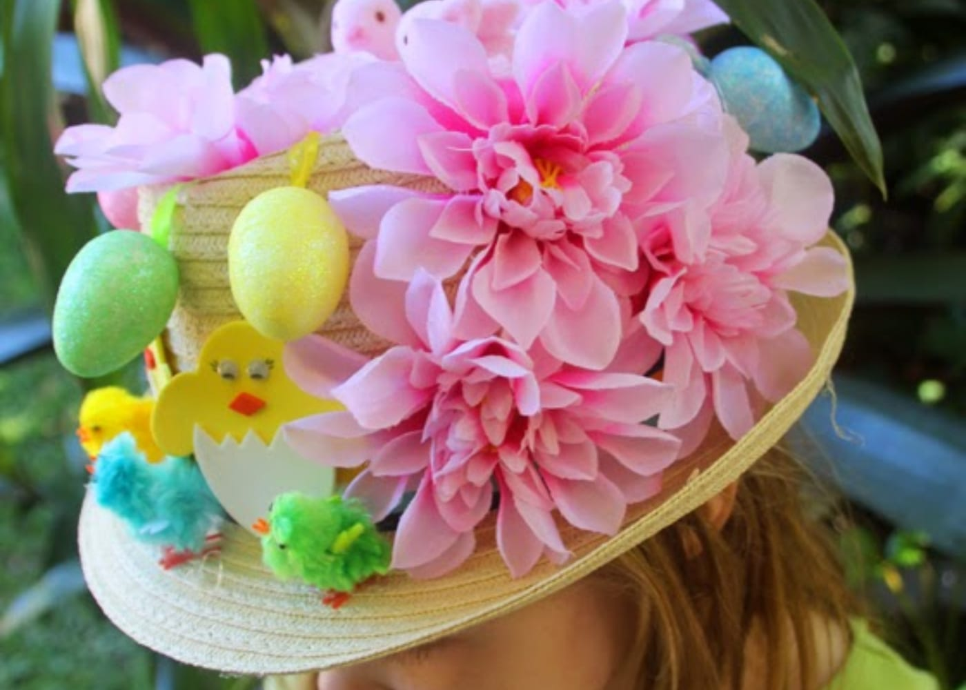 hat at home with ali flowers chicks