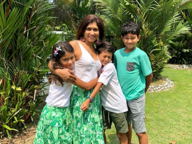 Cool parents in Singapore: HoneyKids interviews Joann Finlayson from Jo Takes the Cake