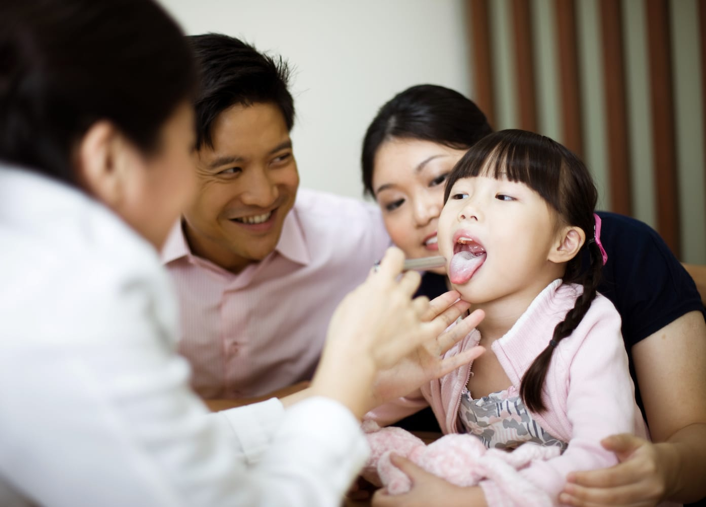 The experts at Eu Yan Sang TCM clinic show how to cure bub's colds and coughs with TCM