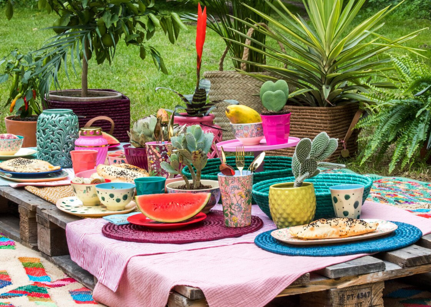 The Children's Showcase | Where to get picnic supplies, baskets, hampers and food in Singapore