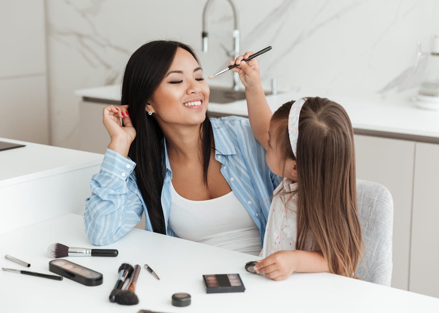 The time-strapped mum's guide to beauty and make-up: What to do when you've got five minutes or less to get ready