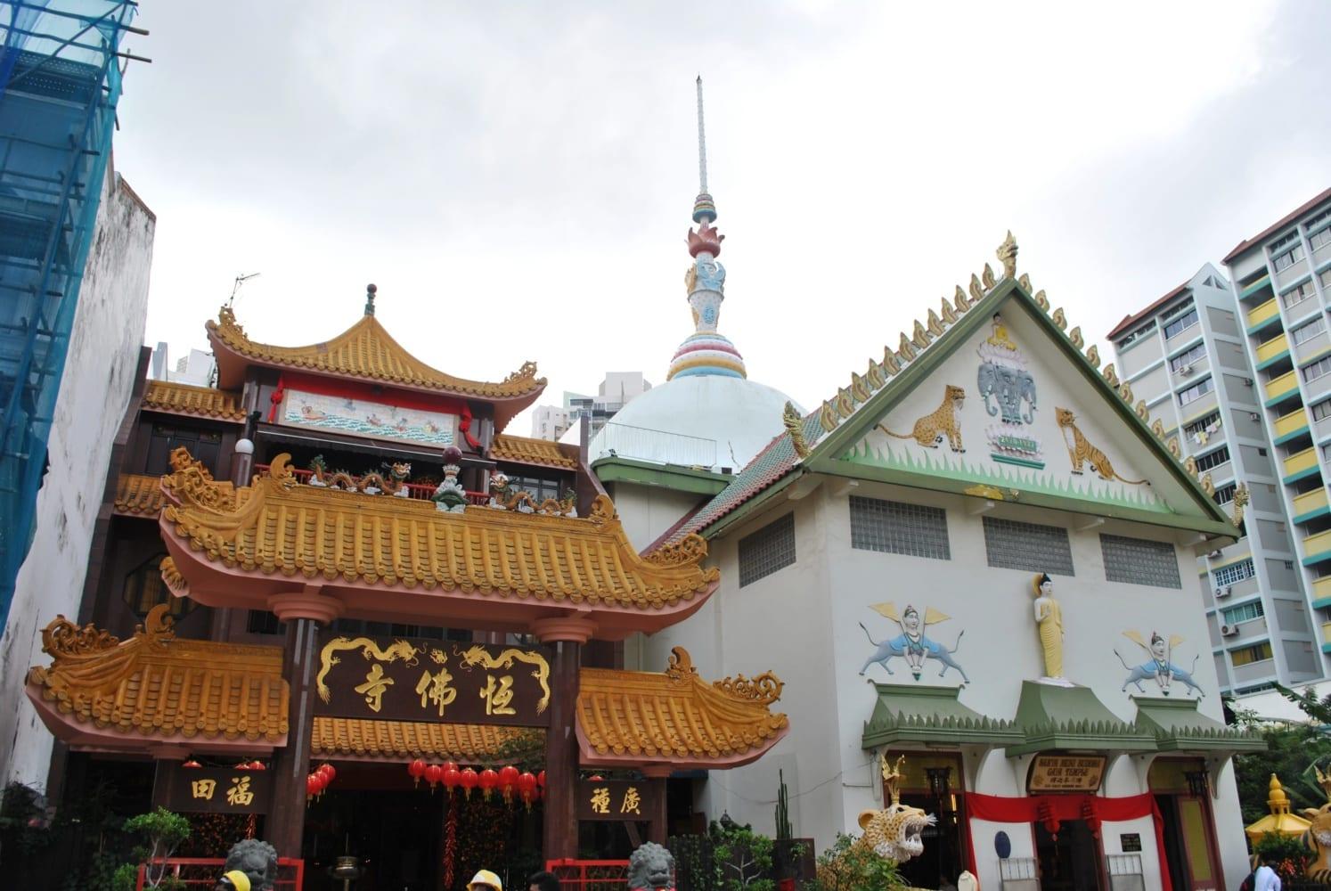 Singapore Temples: Sakya Muni Buddha Gaya Temple (Temple of 1000 Lights)
