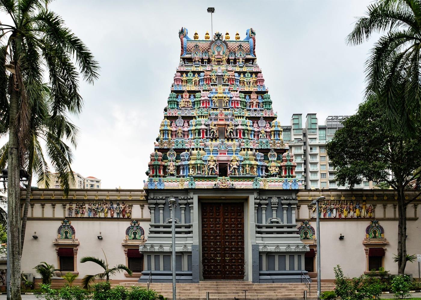 Singapore Temples: Sri Thendayuthapani Temple (Chettiars' Temple)