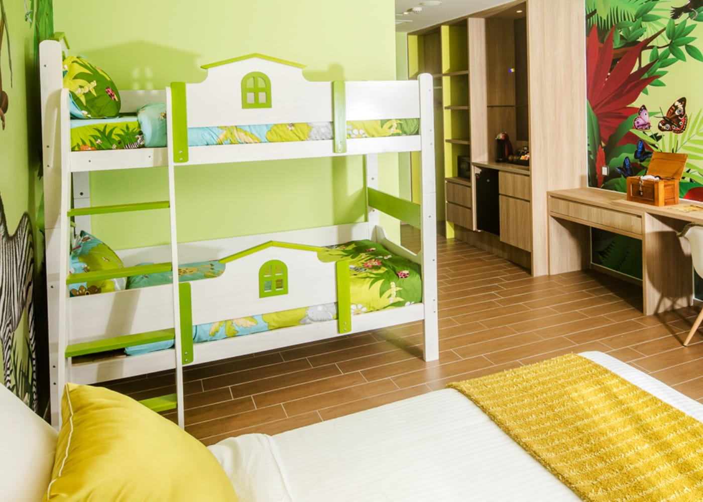 singapore hotels dhotel staycations with kids
