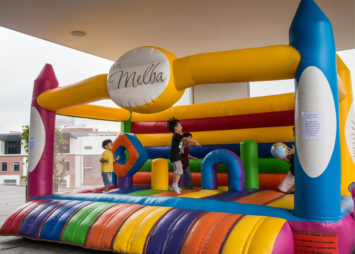 bouncy-castle-at-cafe-melba