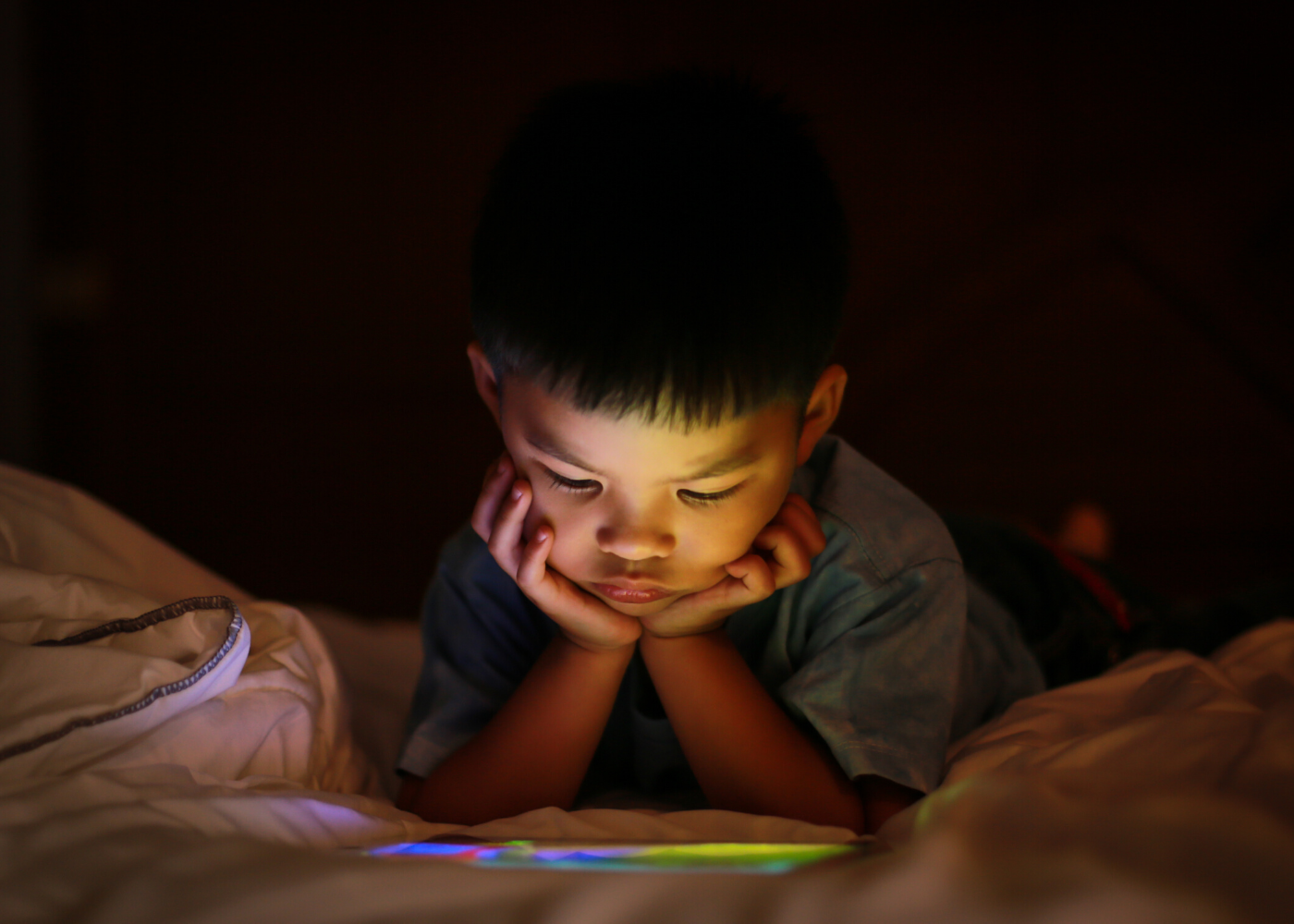 Worried about the effects of prolonged screen time on your kids' eyes? Read this.